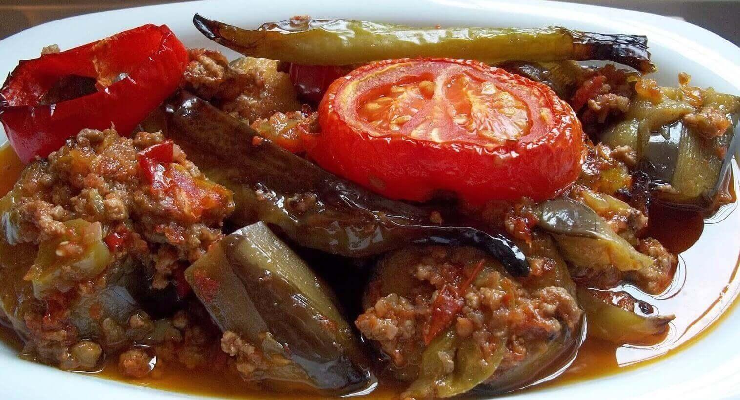 Auberginen Moussaka - Patlıcan Musakka
