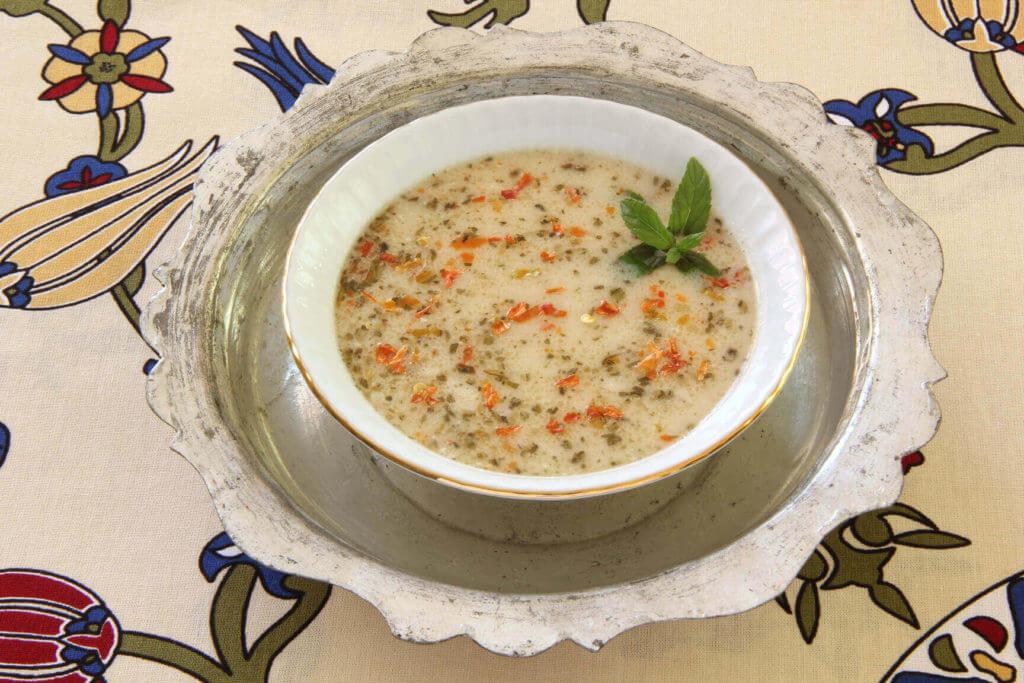 Frühlingssuppe mit Joghurt - Yayla Çorbası