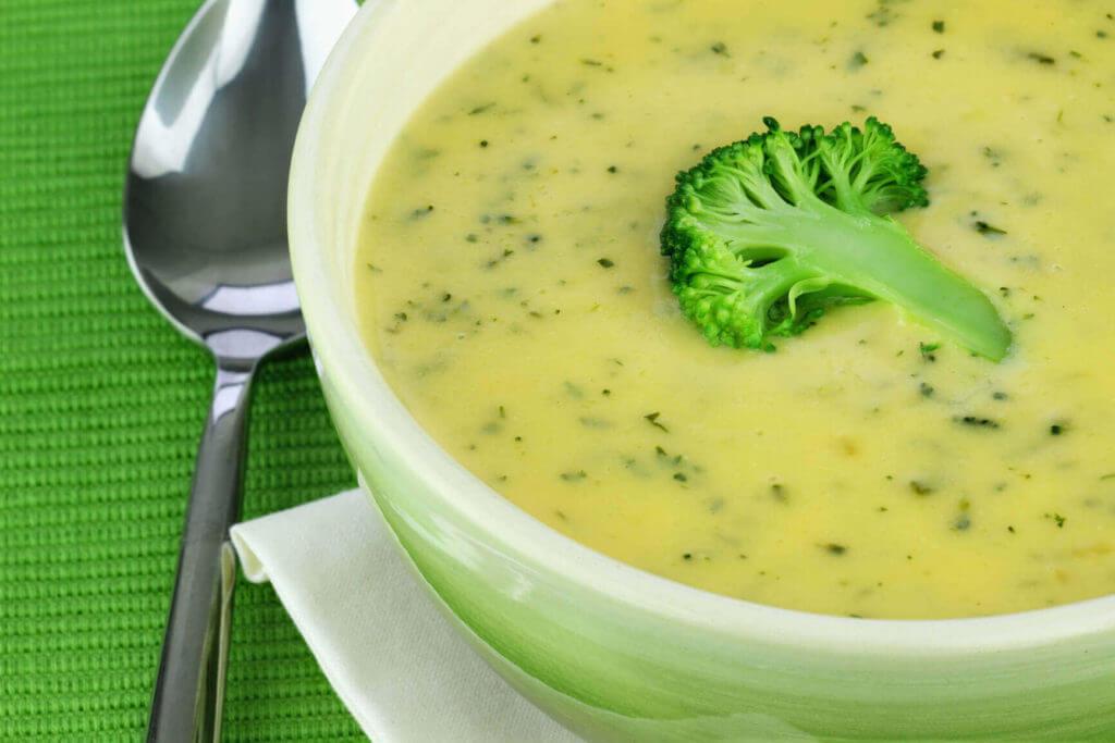 Brokkolisuppe - Brokoli Çorbası