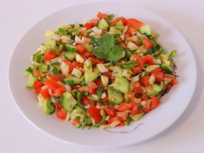 Hirtensalat Coban Salatasi Rezept - Türkischer Salat