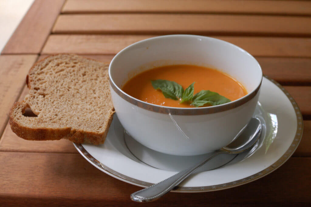Tomatensuppe - Domates Çorbası