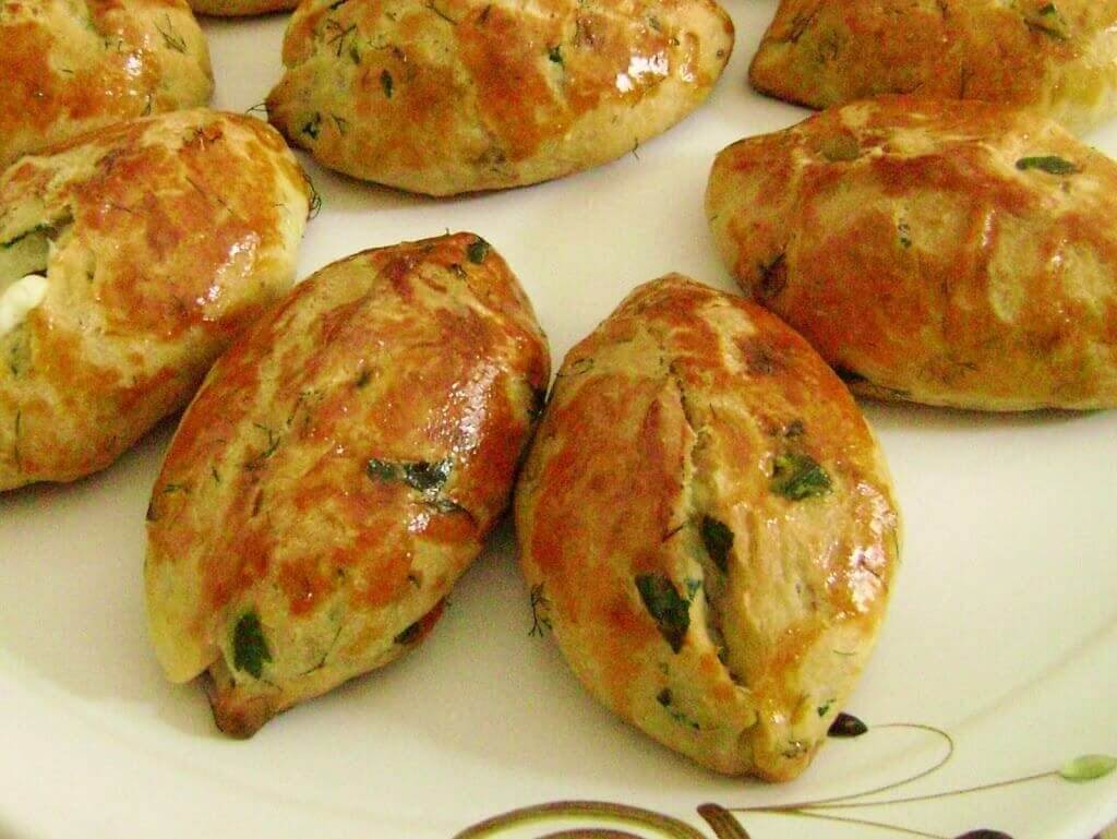 Börek mit Käse und Dill - Dereotlu Puf Poğaça