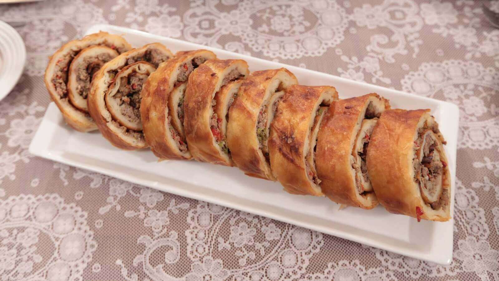 Börek mit Weißkohl - Lahanalı Börek