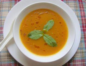 Wurzelgemüsesuppe - Kök Sebzeler Çorbası