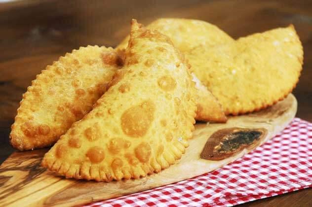 Einfache Börek mit Hackfleisch - Kıymalı Puf Böreği