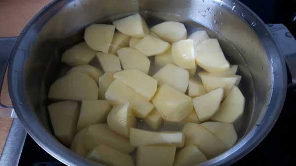 Krokette mit Goudakäse und Kartoffel Rezept - Kaşarlı Patates Kroket Tarifi