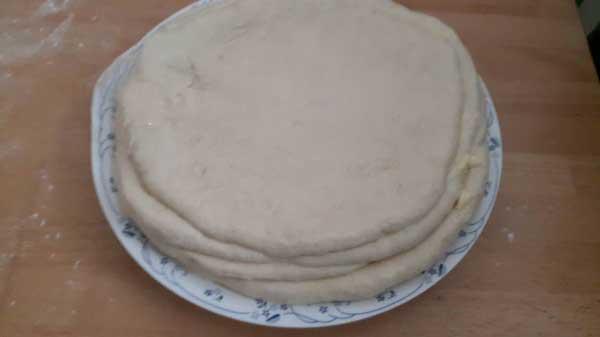 Roll-Börek mit Spinat Rezept - Ispanaklı Rulo Börek Tarifi