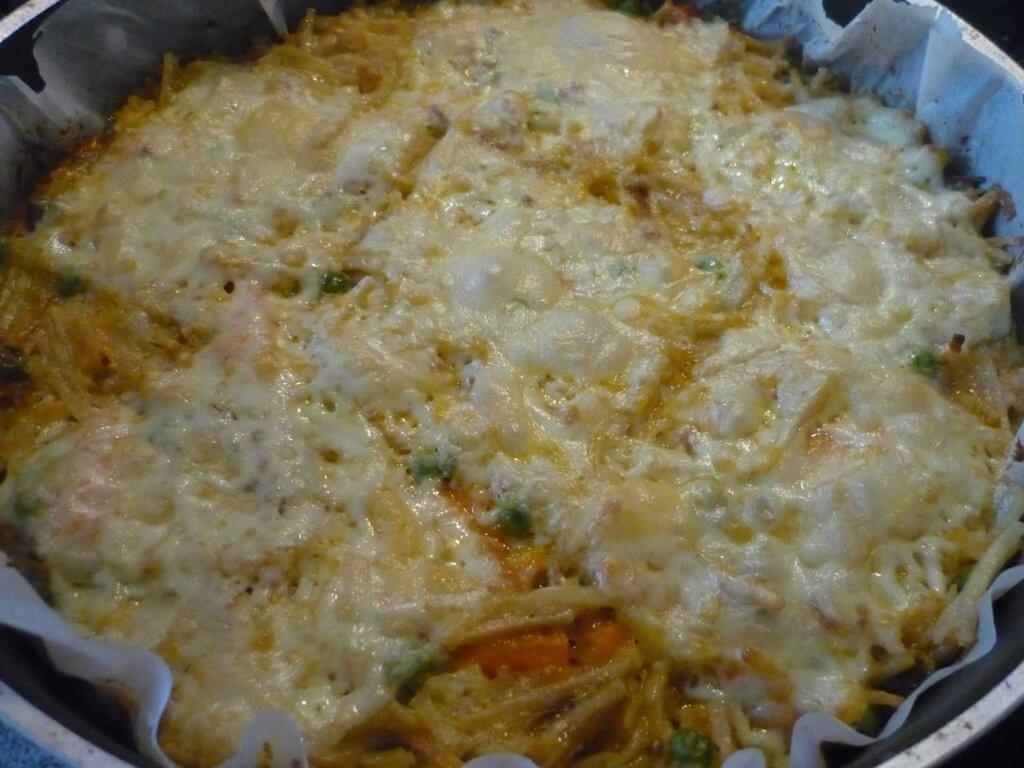Türkische Nudeln mit Gemüse Auflauf Rezept - Fırında Sebzeli Erişte Tarifi