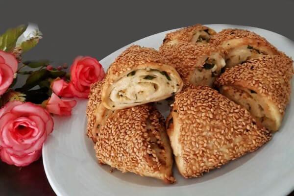 Börek mit Käse - Peynirli Üçgen Poğaça