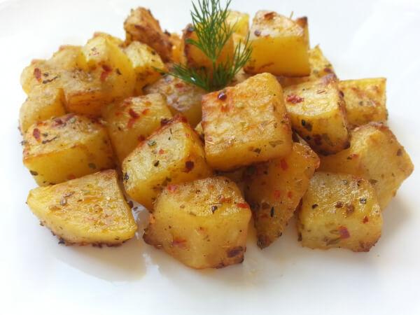Gebratene Kartoffel – Fırında Patates
