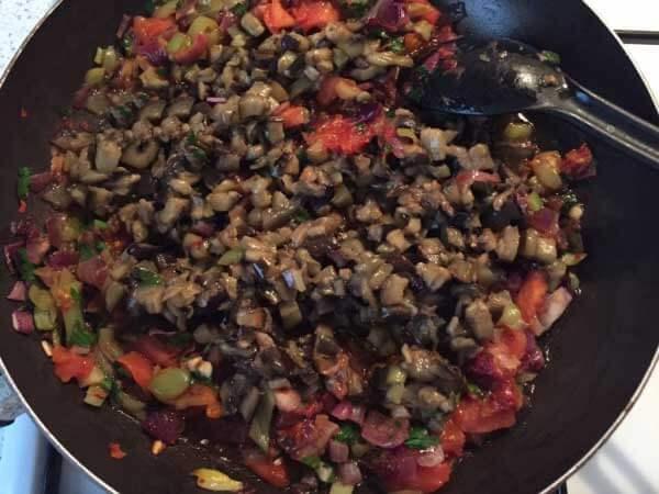 Börek mit Auberginen - Patlıcanlı Börek
