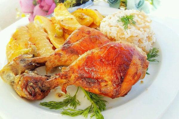 Hähnchen und Kartoffel mit Soße - Soslu Tavuk Patates