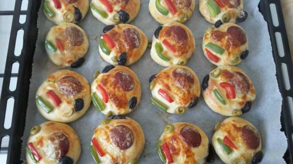 Mini Pizza Börek - Mini Pizza Poğaça
