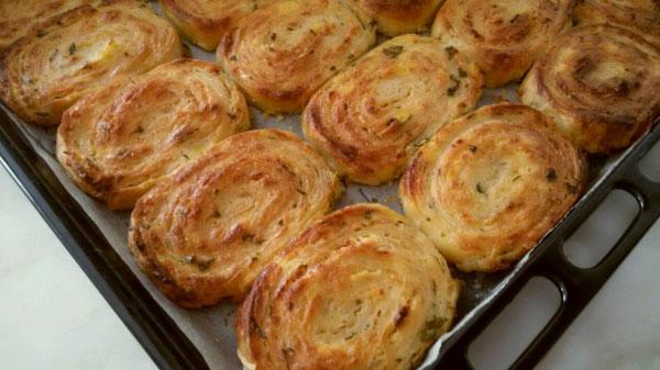 Börek mit Kartoffel und Käse - Patatesli Peynirli Börek