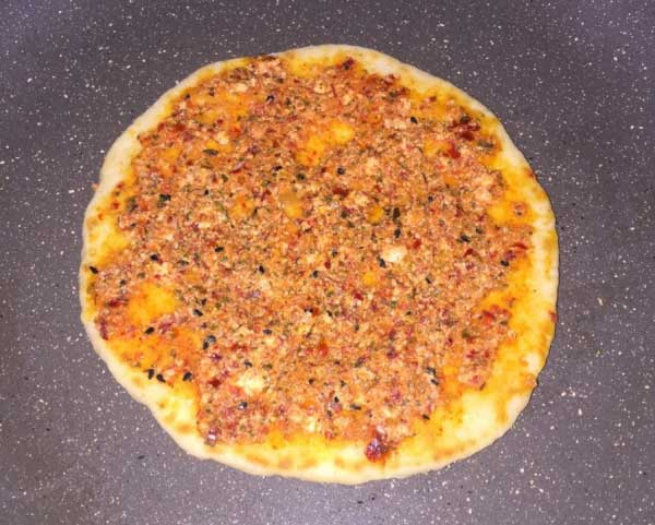 Brot mit Paprika (lokal) - Hatay Usulü Biberli Ekmek