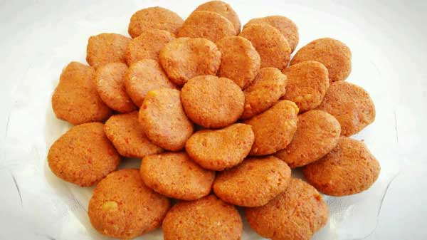 Frikadellen mit Weizengrütze und Kartoffel - Patatesli Bulgur Köftesi