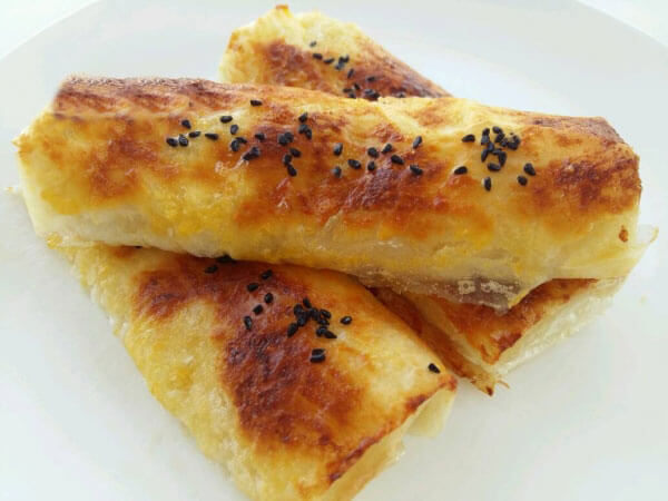 Knusprige Börek mit Butter - Tereyağlı Çıtır Börek