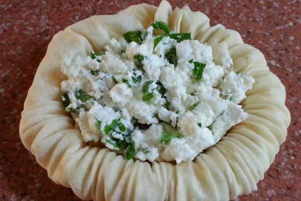 Nachtigallnester mit Käse - Peynirli Bülbül Yuvası
