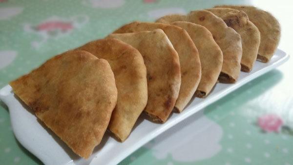 Türkische Spezialität mit Weichkäse - Çökelekli Kete