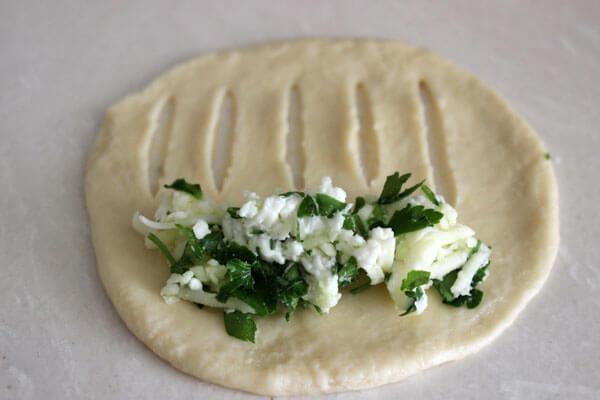 Börek mit Gemüse - Sebzeli Poğaça