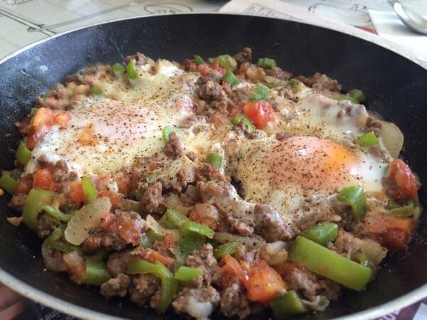Eier mit Hackfleisch - Kıymalı Yumurta