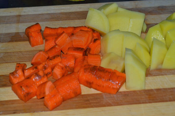 Gemüseeintopf mit Hackklößchen - Sebzeli Sulu Köfte