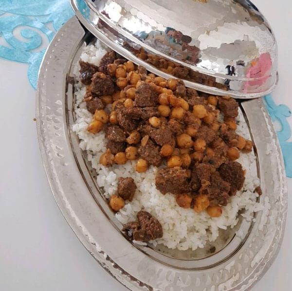 Photo of Reis mit Fleisch und Kichererbsen – Etli Nohutlu Pilav