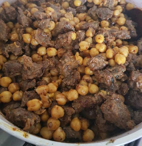 Reis mit Fleisch und Kichererbsen - Etli Nohutlu Pilav