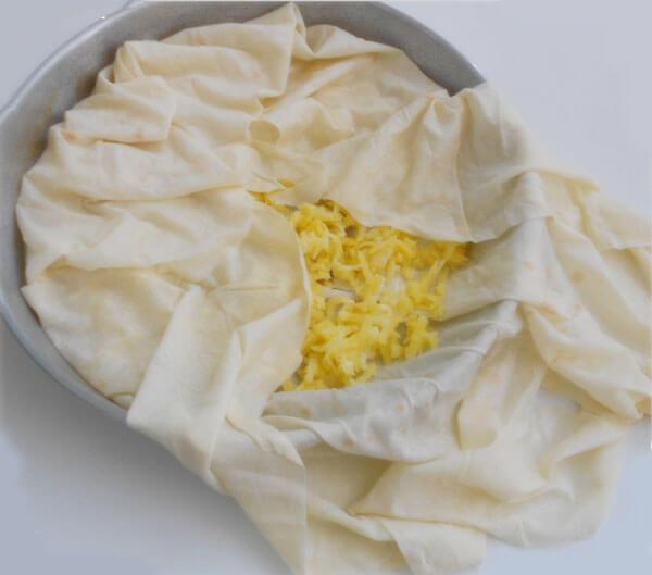Börek im Blech mit Kartoffel - Patatesli Tepsi Böreği