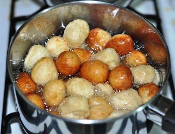 Palastbissen mit Honig - Ballı Saray Lokması