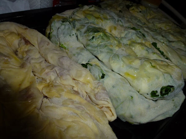 Bosnischer Börek mit Spinat - Ispanaklı Boşnak Böreği