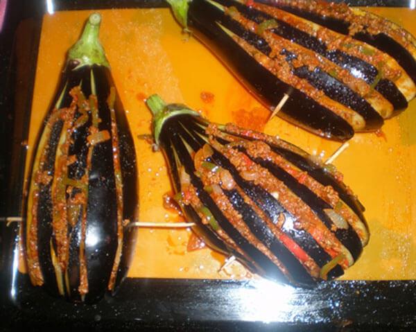 Auberginen mit Hackfleisch - Kıymalı Dilim Patlıcan