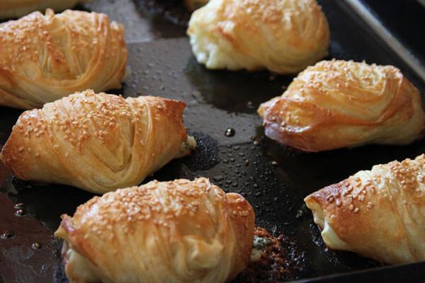 Börek mit Käsefüllung - Peynir İçli Börek