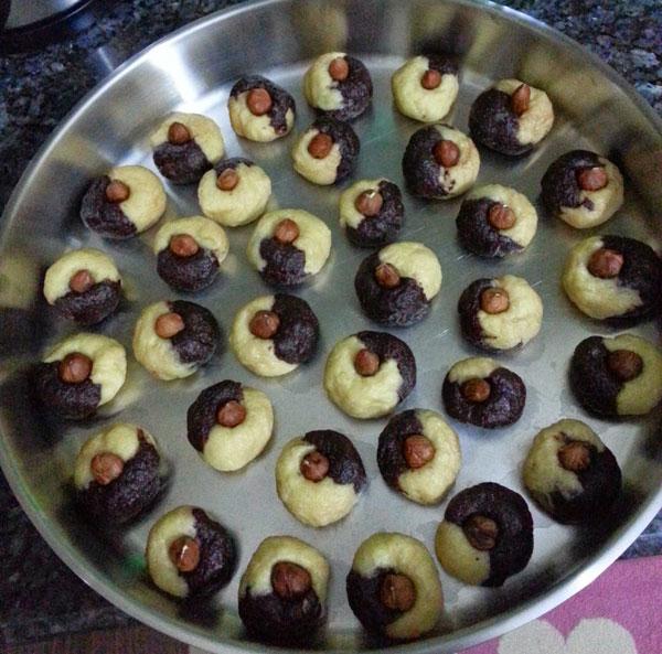 Zuckerstückchen mit Kakao - Kakaolu Şekerpare