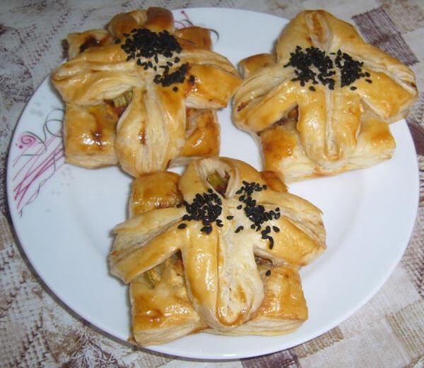 Börek aus Blätterteig - Milföy Çiçek Börek