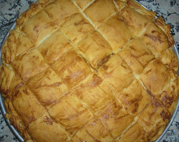 Börek mit Auberginen und Hack - Patlıcanlı Kıymalı Börek