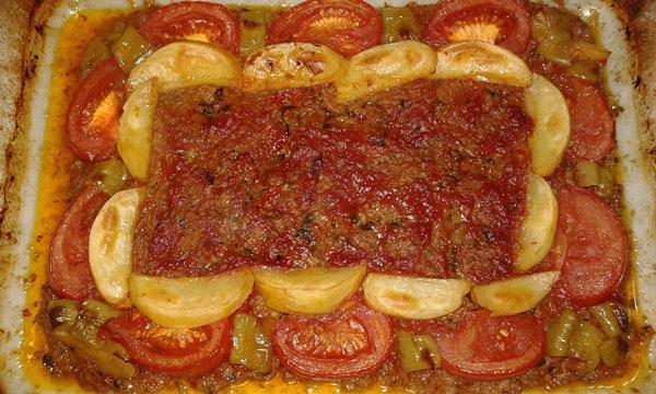 Kebab im Blech - Pratik Tepsi Kebabı