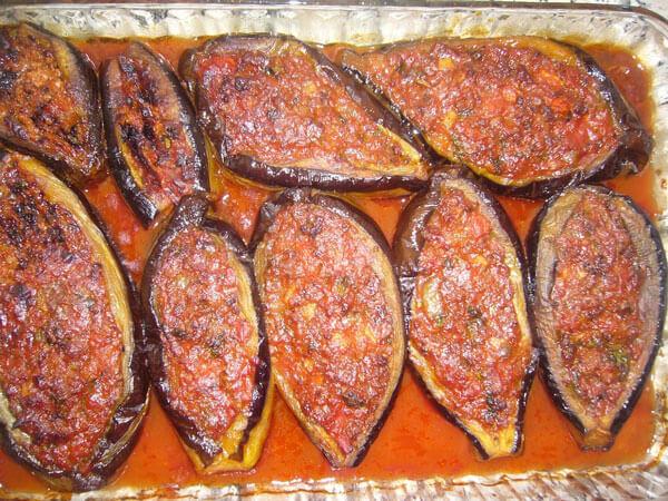 Praktische gefüllte Auberginen - Pratik Karnıyarık