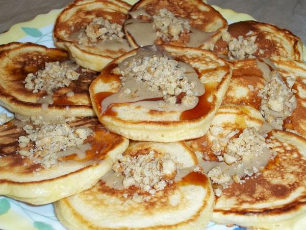 Pancake mit Tahini und Traubensirup - Tahin Pekmezli Pankek