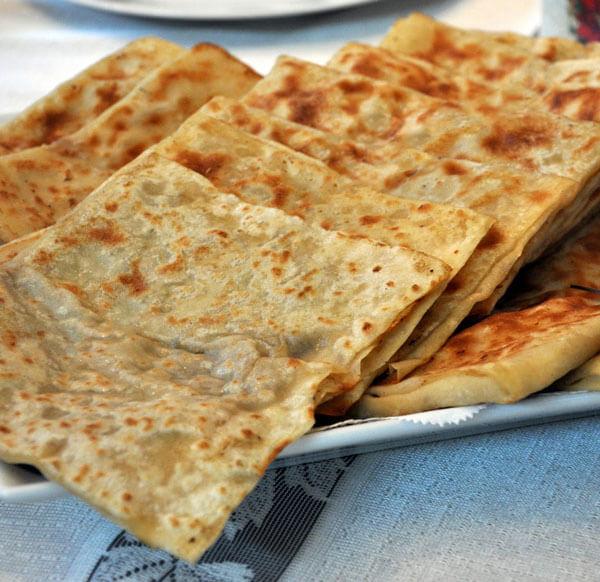 Türkischer Pfannkuchen mit Hackfleisch - Kıymalı Gözleme