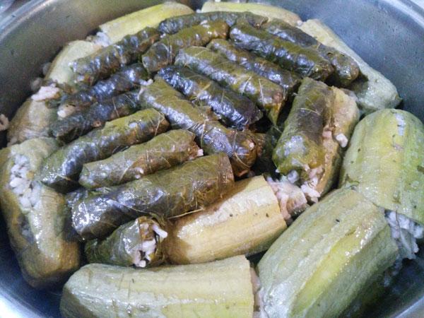 Gefüllte Zucchini - Kıymalı Kabak Dolması