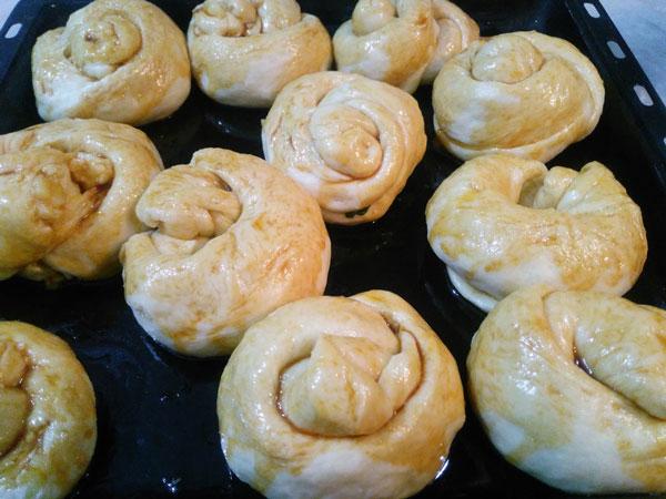Türkische Brötchen mit Kartoffel - Patatesli Açma