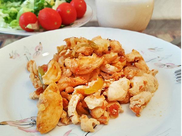 Hähnchen im Tontopf - Güveçte Tavuk Sote