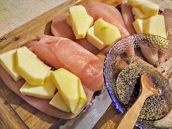 Hähnchen mit Äpfel - Fırında Elmalı Tavuk