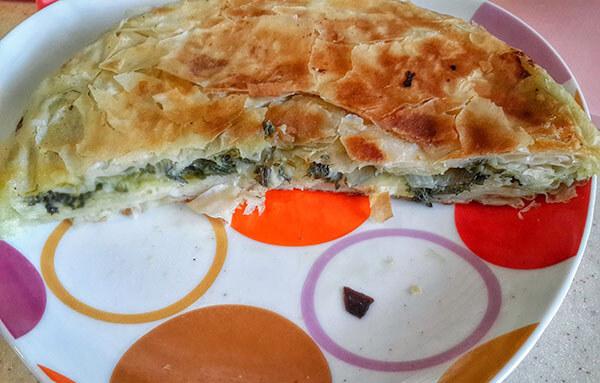 Börek aus der Pfanne mit Spinat - Ispanaklı Tava Böreği