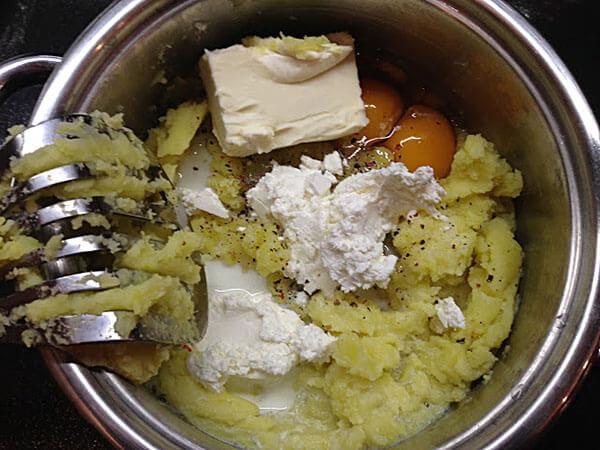 Gebäck mit Kartoffel - Patatesli Pişi