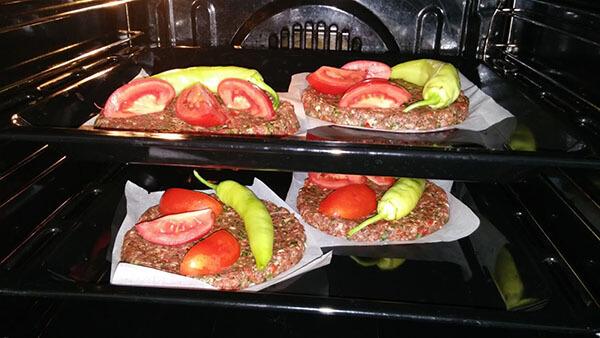 Kebab im Blech - Leziz Tepsi Kebabı