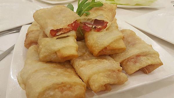 Türkische Spezialität - Paçanga Böreği
