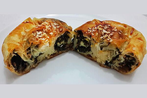 Börek mit Hack und Spinat - Kıymalı Ispanaklı Börek