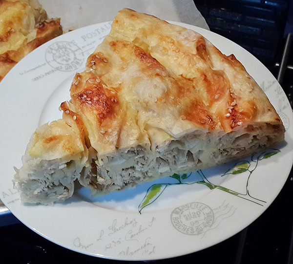 Börek mit Hähnchen - Tavuklu Sarma Börek